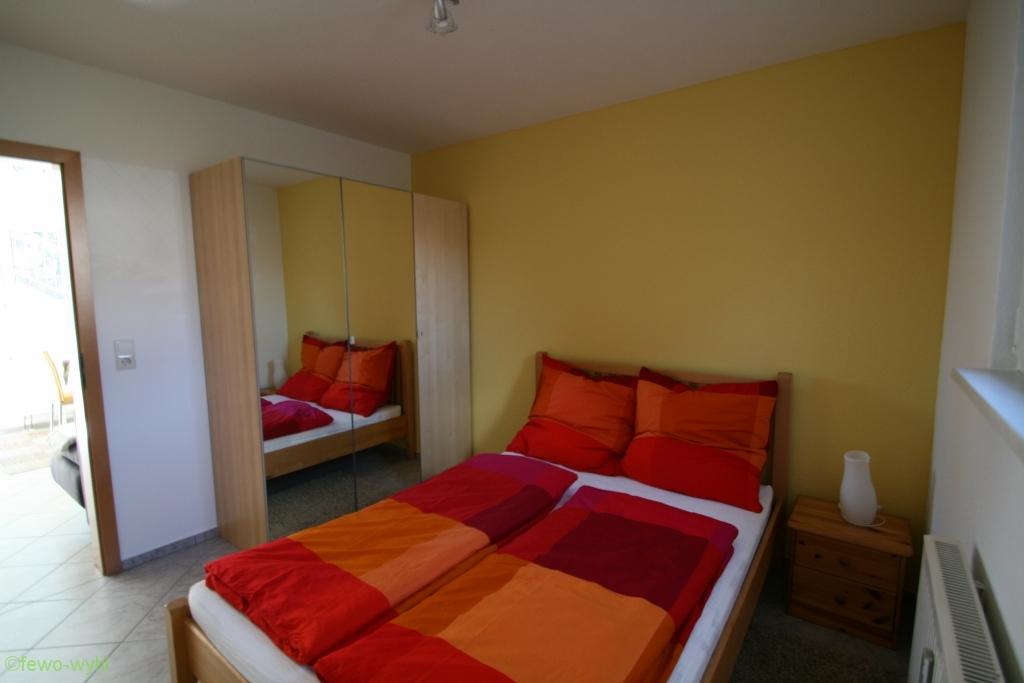 Schlafzimmer der Ferienwohnung in Wyhl